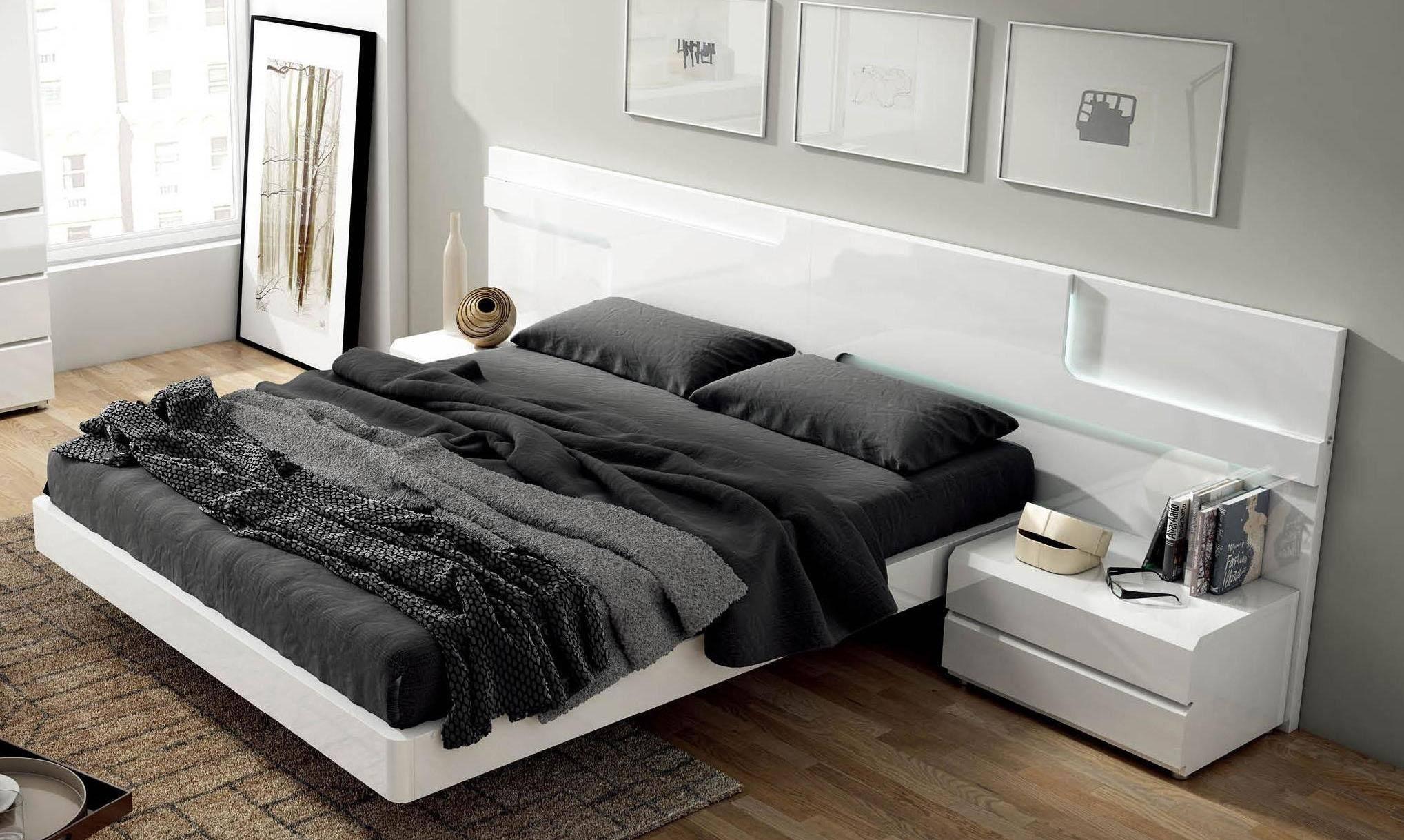 Buy Esf Sara King Platform Bedroom Set 5 Pcs In White Wood Solids And Veneer Online